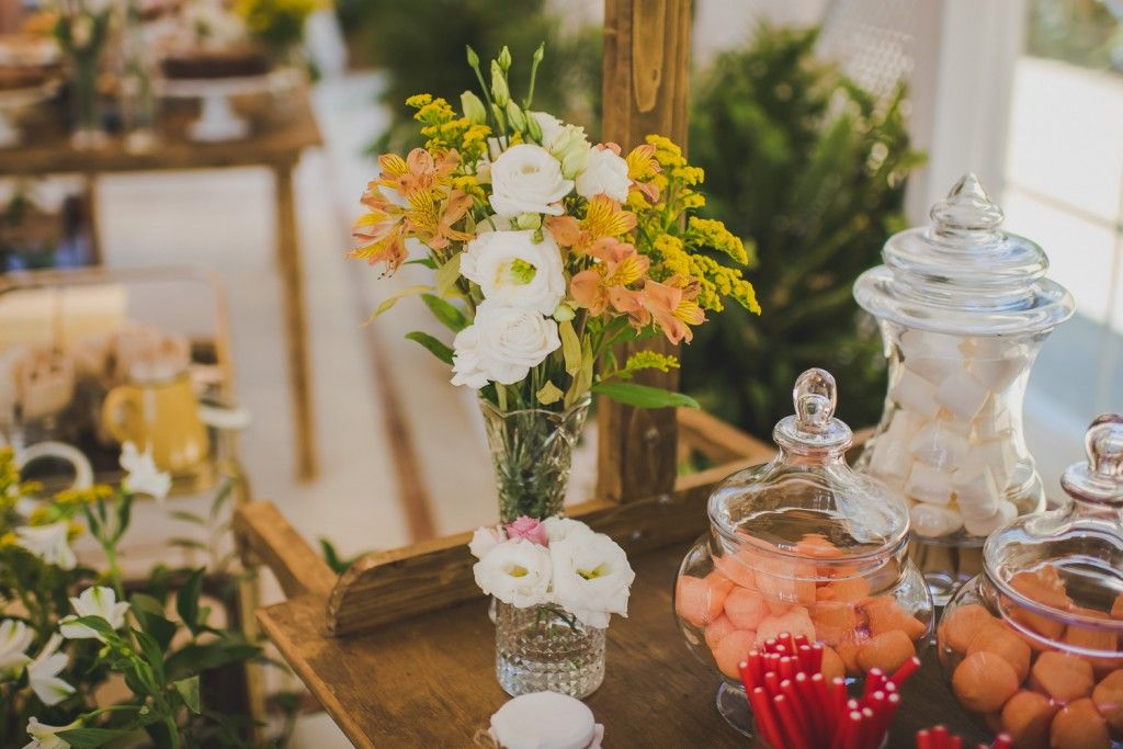 candy bar decorado con flores