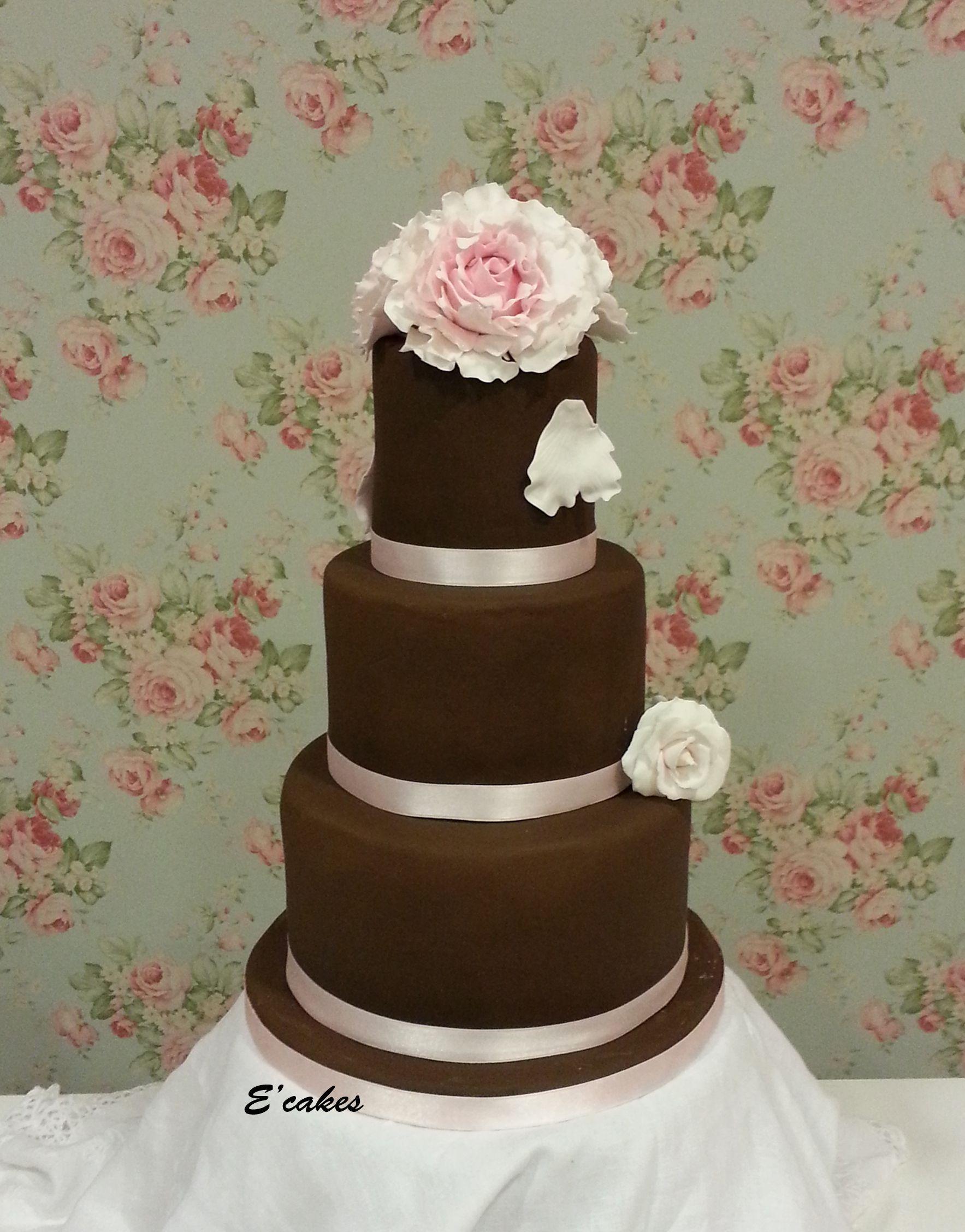 Diseña a tu gusto la tarta de tu boda con E'Cakes