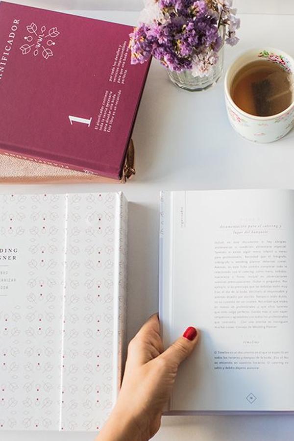 """¿Quieres conocer el interior del libro y la agenda """"Wedding Planner""""?"""