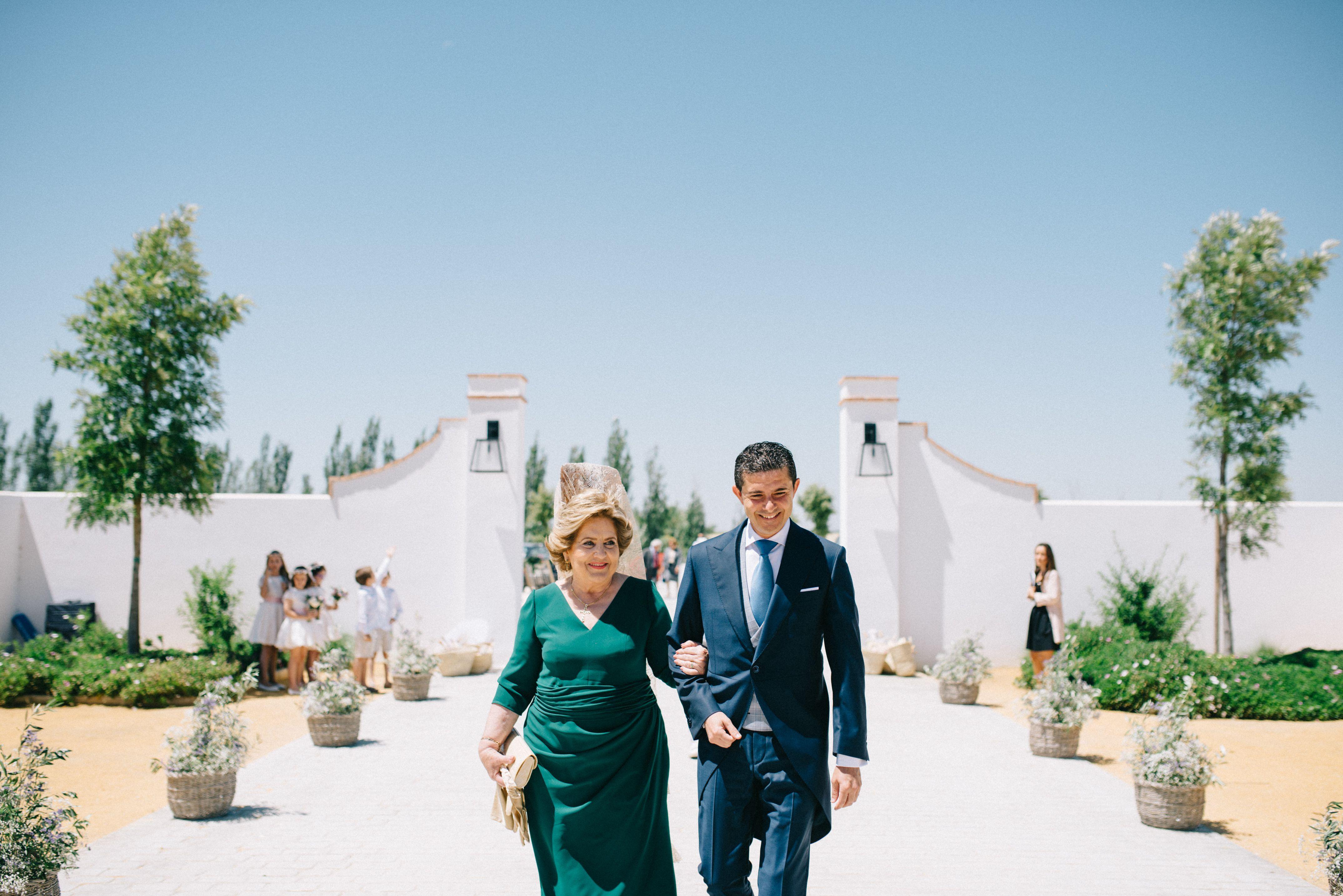 La boda de María y Guillermo en Cortijo Olivar de la Sargenta-54