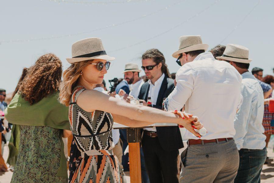 La-boda-en-la-playa-de-miguel-angel-y-els-Miguel-Angel-y-Els-3-1.jpg